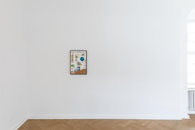"""Ein Vintageposter mit dem Titel """"Cheerios Media"""" von Adriana Lara, das Kommunikationsmedien des prädigitalen Zeitalters zeigt und die Frage aufwirft, welche Determinierungen mit den heutigen Medien einhergehen."""
