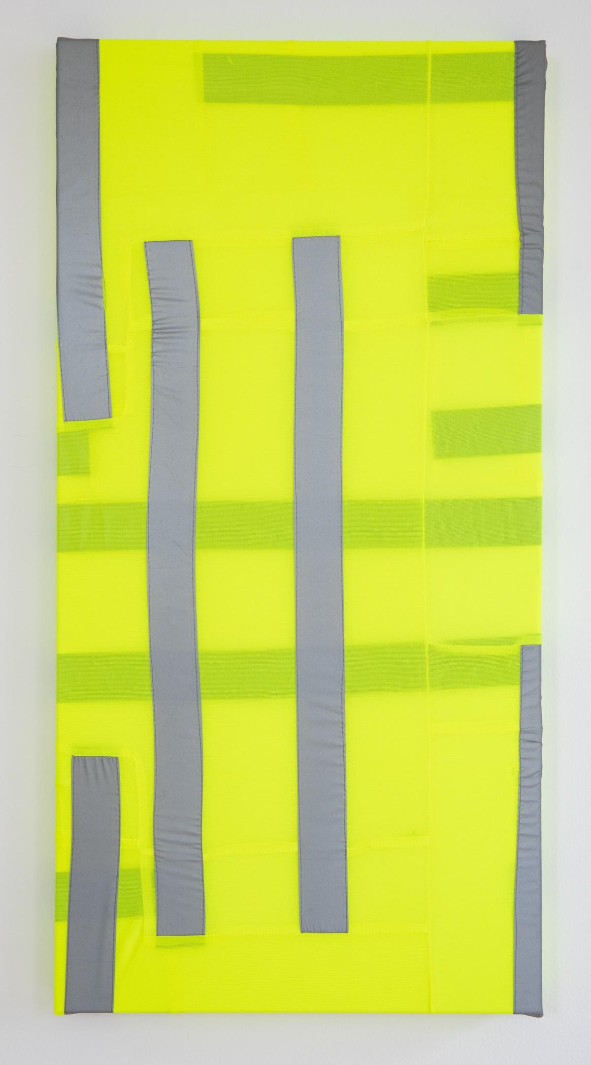 Das Unikat besteht aus einem Keilrahmen und Warnwesten. Diese wurden darauf angebracht.